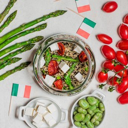 SALADS AND NATURAL DISHES