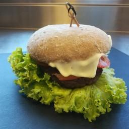 Benny's Hamburger con patatine