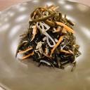 Insalata di alghe marine con aglio
